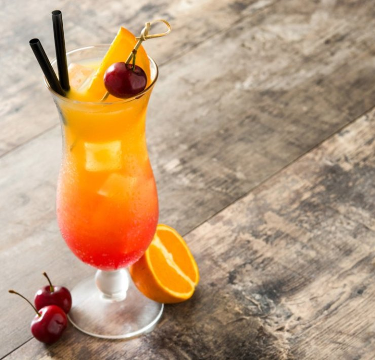 10 Summer Vodka Drink Recipes That'll Cool You Down