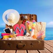 10 Things You Must Pack for a Day At the Beach