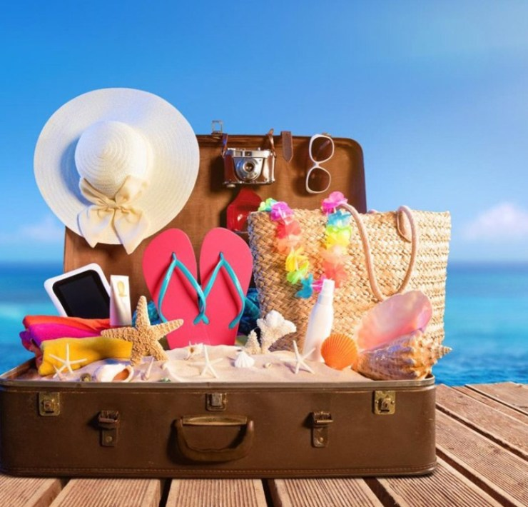 Day at the Beach, 10 Things You Must Pack for a Day At the Beach