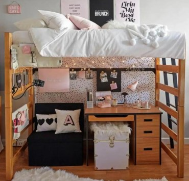 20 Items You Need To Have In Your Dorm Room This Year