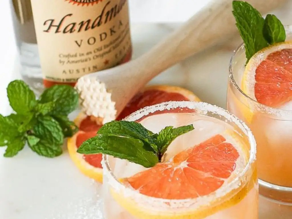 Best Cocktails To Make With Titos