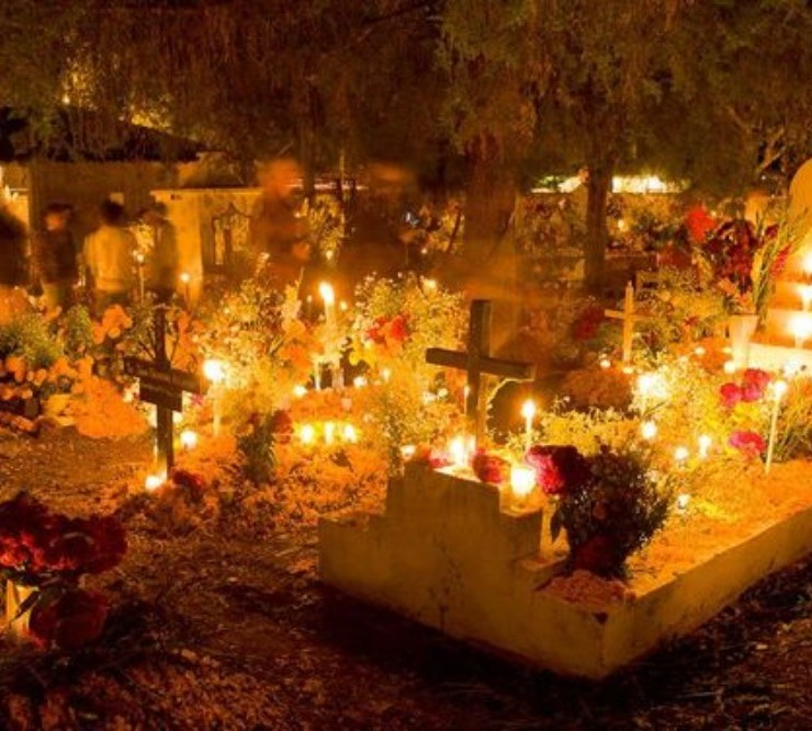 Traditions, The Traditions of Dia de Los Muertos