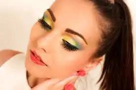 Makeup, 15 Gorgeous 80s Makeup To Copy RN