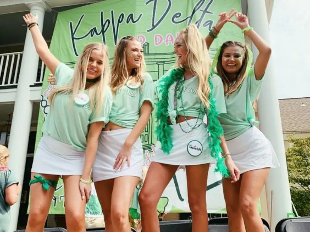 Formal Recruitment, The Complete Guide On What You Should Wear For Formal Recruitment