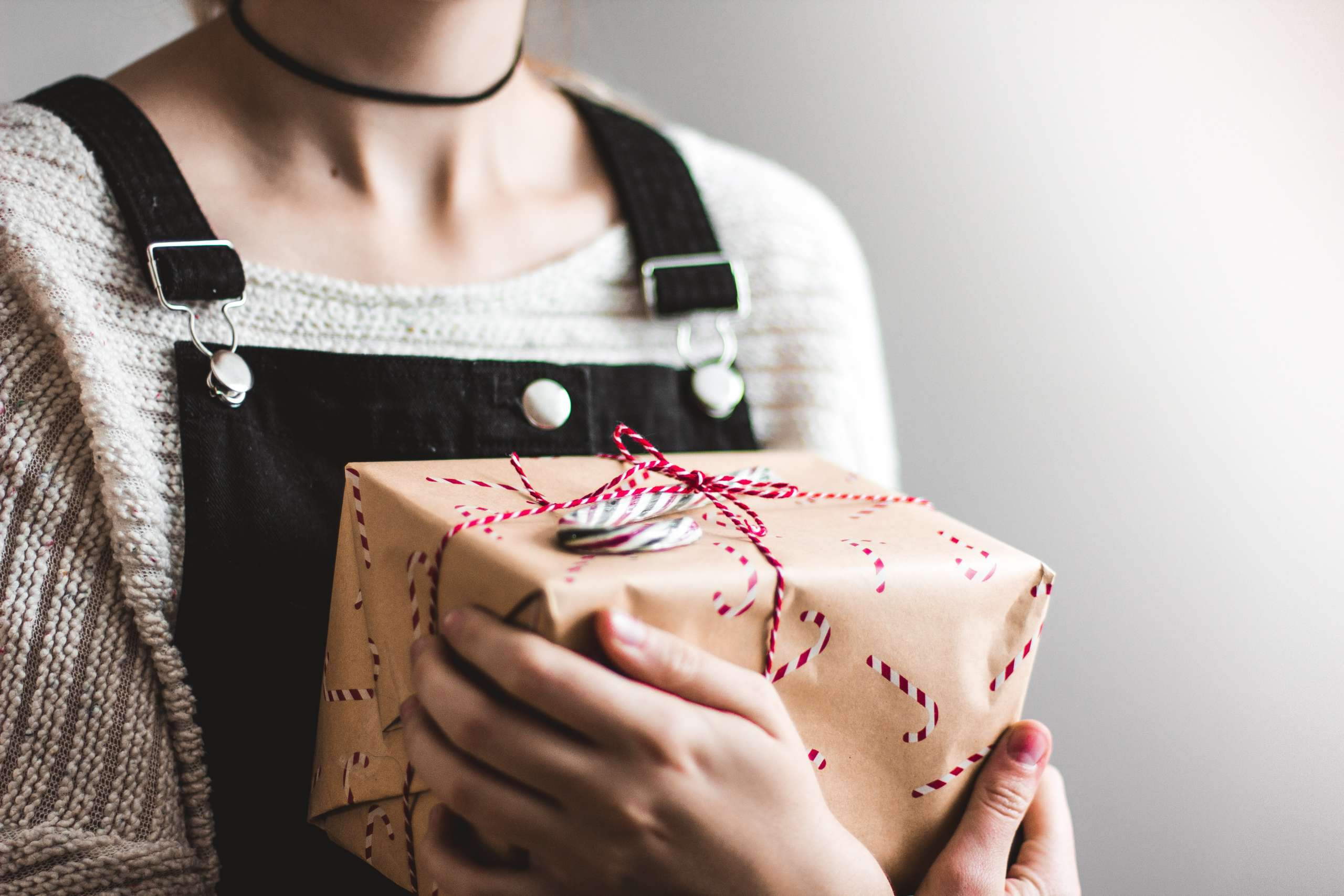 10 Thoughtful Care Package Ideas Guaranteed to Make Your Friend Smile - Society19