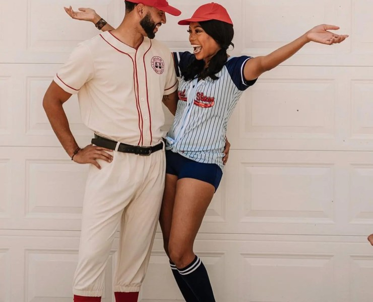 17 Halloween Costumes For Couples To Match In