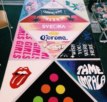 10 Designs To Paint On A Foldup Table For Your College House