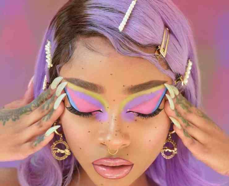 Cosmetic And Beauty Instagrams You Need To Go Follow