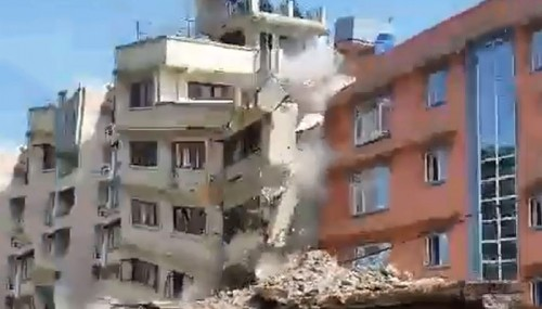 A 5-story Building Collapsing In Nepal Earthquake On Tuesday Shows The Wrath Of Nature