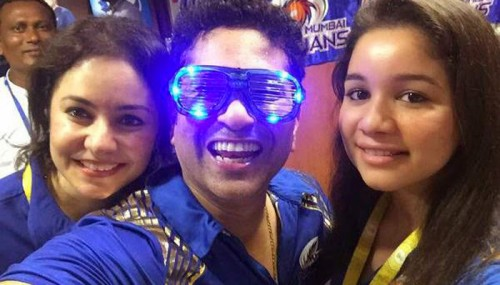 Sachin Tendulkar Posted These Selfies Proving He Is Still A Young Boy At Heart