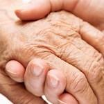 imagen de dos manos agarradas