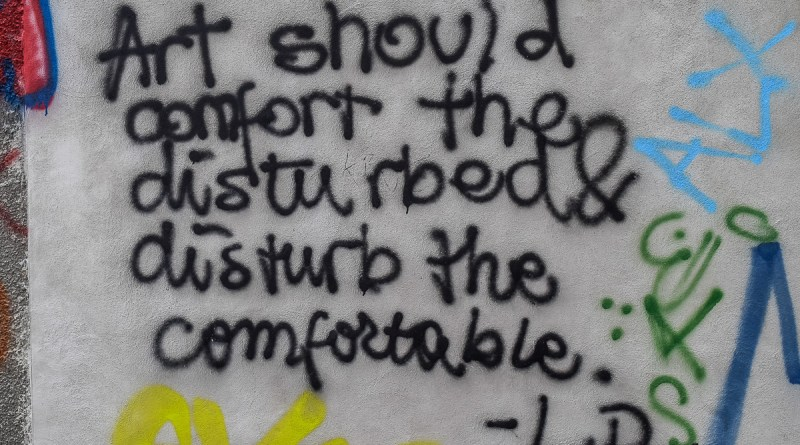 Timidele graffiti din Ploiești