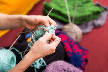 Geschenk selber machen, stricken, nähen oder häkeln – mit Anleitung
