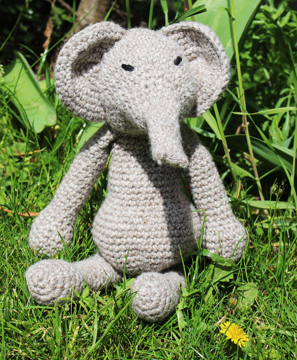 Edwards freche Tierparade - Elefant  Buchbesprechung: Edwards freche Tierparade von Kerry Lord
