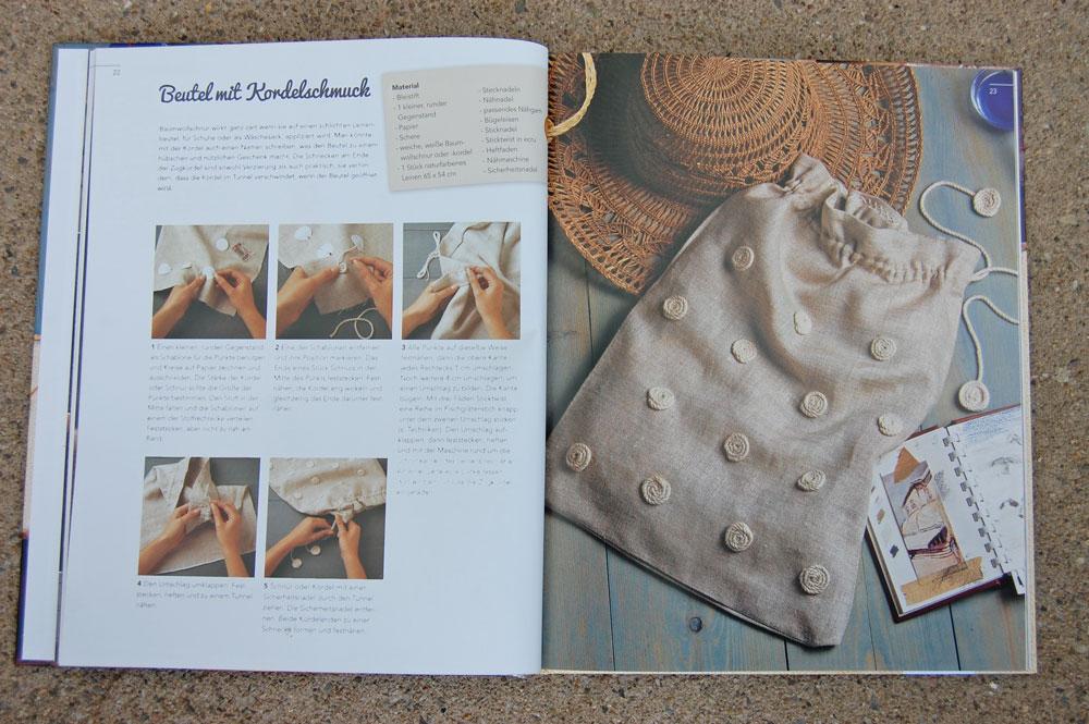 Kreativ mit Kordeln - Schnecken auf Schuhbeutel kreativ mit kordeln Buchbesprechung: <I>Kreativ mit Kordeln</i> von Deena Beverley