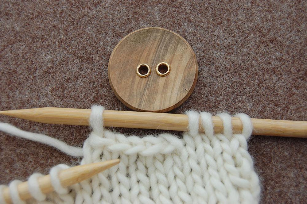 Maschen abketten knopflöcher stricken Stricktipp: Knopflöcher stricken