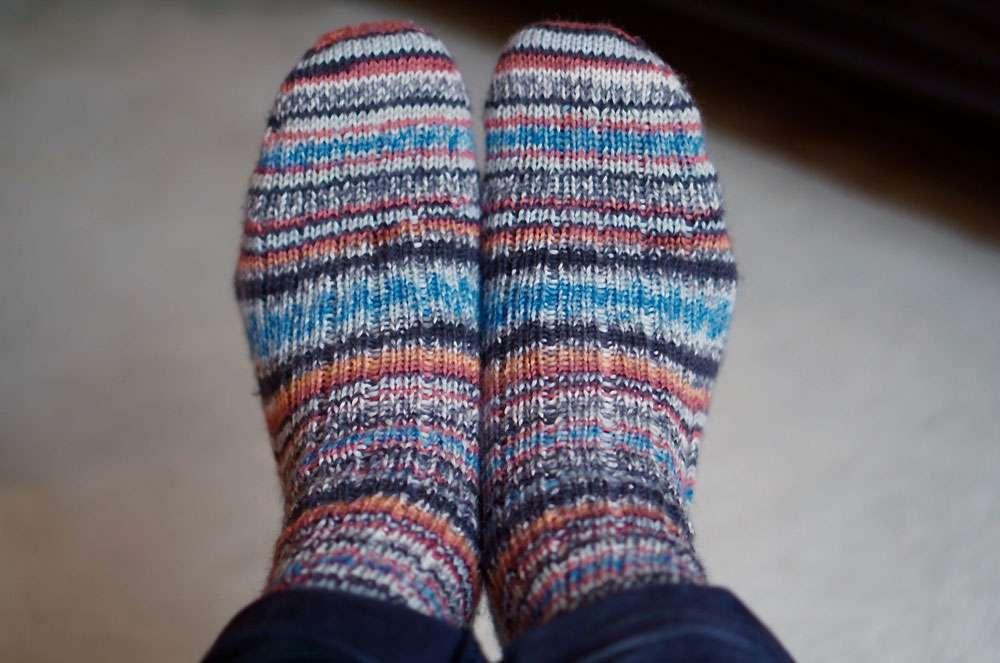 Toe Up Socken  Anleitung: Toe Up Socken stricken aus 6fädigem Garn