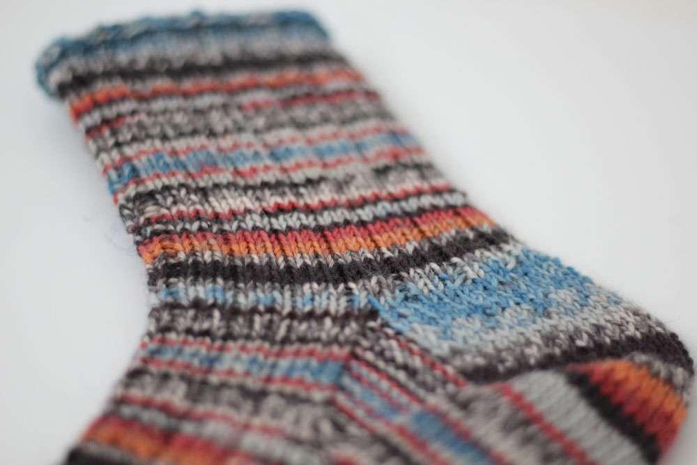 Toe Up Socken - Schaft  Anleitung: Toe Up Socken stricken aus 6fädigem Garn