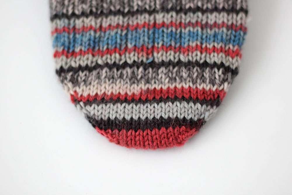 Toe Up Socken Spitze  Anleitung: Toe Up Socken stricken aus 6fädigem Garn