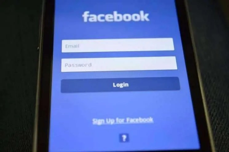 How to alleviate security concerns over who is following you on Facebook