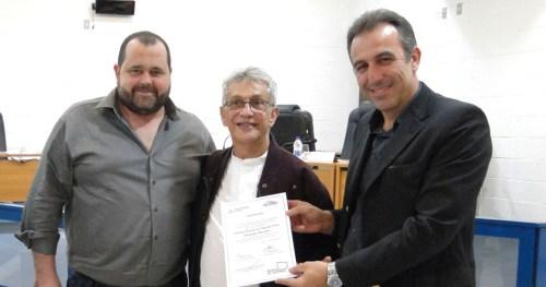 Secretário de Cultura, Tiago de Faria; Diretor Cultural da Abaçaí, Toninho Macedo e prefeito de Socorro, André Bozola