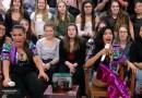 #TV: Laura Muller responde dúvidas de Simone & Simaria no Altas Horas