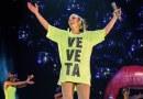 """#Show: Sob o comando da rainha Ivete Sangalo, novo bloco """"Village"""" incendeia o Fortal"""