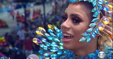 "#Carnaval: Lexa cai na avenida, mas choro ""Só Depois do Carnaval"""