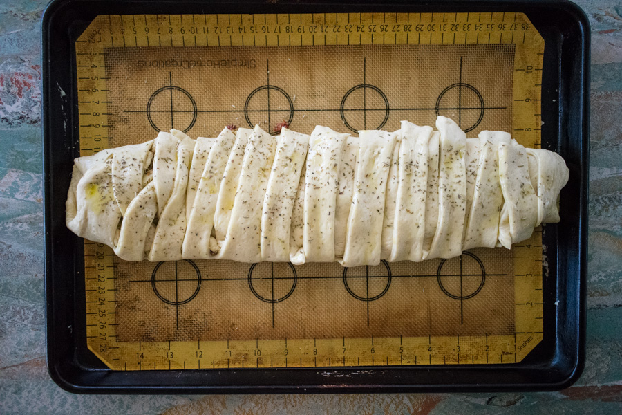 Low Sodium Pesto Chicken Braid Recipe