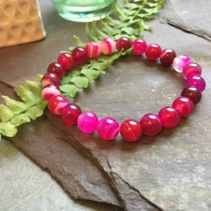 Red Pink Coloured Onyx Fashion Bead Bracelet