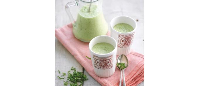 groene-gazpacho-met-amandelen-citroenmelisse