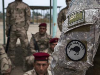 A New Zealand trainer from Task Force Taji provides instruction to Iraqi soldiers. (U.S. Army Photo by SPC Craig Jensen, 1 Dec 2016).