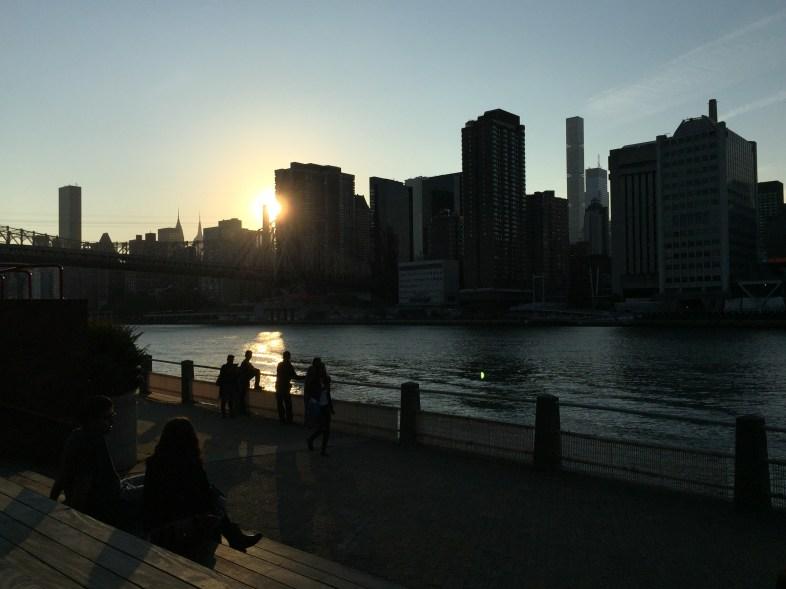 Auf den 'Meditationstreppen' kann man den Sonnernuntergang bewundern