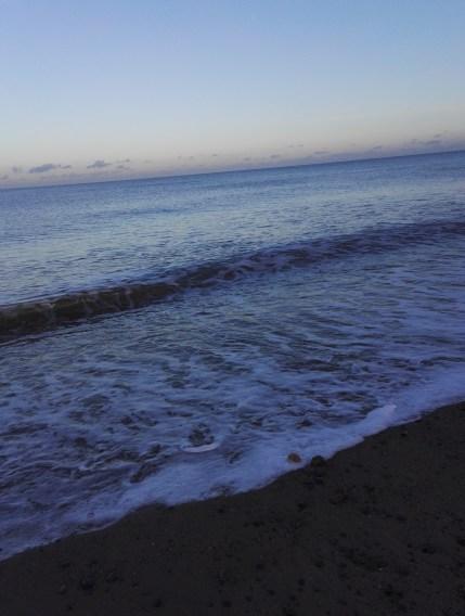 Der Eindruck trügt - hier in Bray am Meer ist es, nicht wie im Süden, sehr warm!