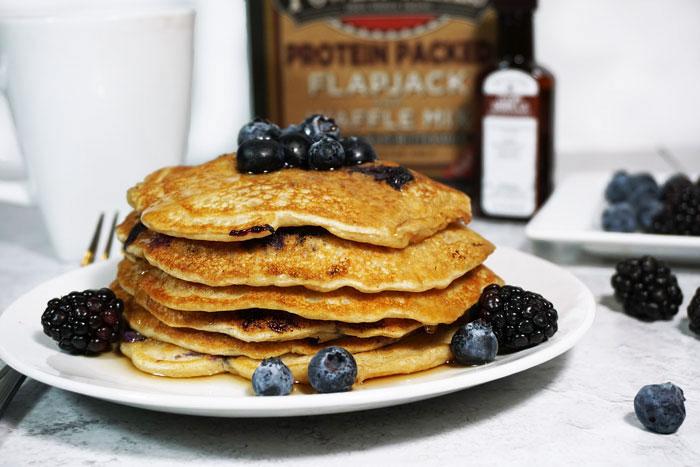 Blueberry-Vanilla-Protein-Pancakes2