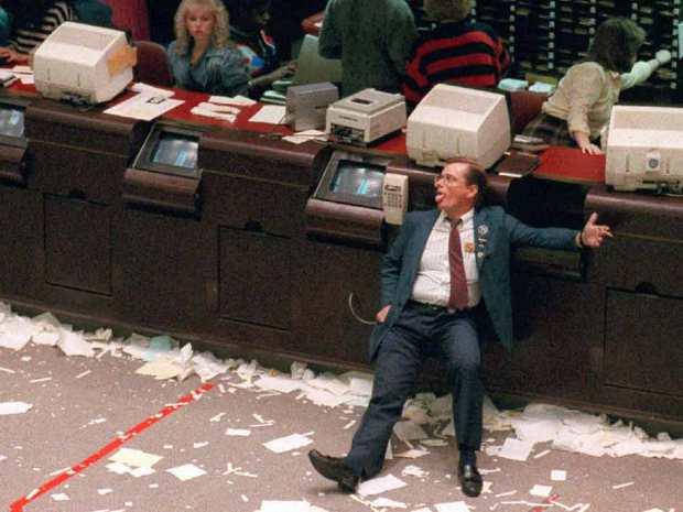Κραχ στο χρηματιστήριο - Βουλιάζουν οι τράπεζες