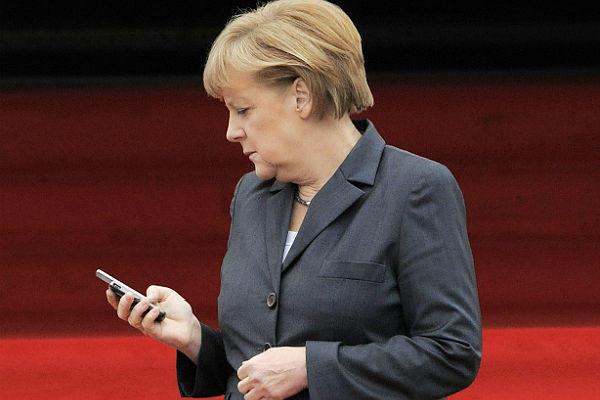 Φορτισμένο το τηλεφώνημα Ομπάμα σε Μέρκελ: «Αποφύγετε την κρίση»