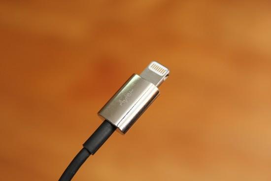 avier-apple-lightning-usb-cable-011