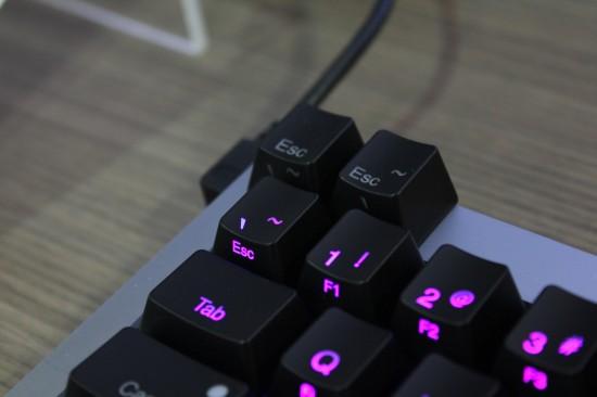 [COMPUTEX 2014] Ducky Mini 彩色背光鍵盤,輕鬆定義按鍵燈色 BarSD-550x366