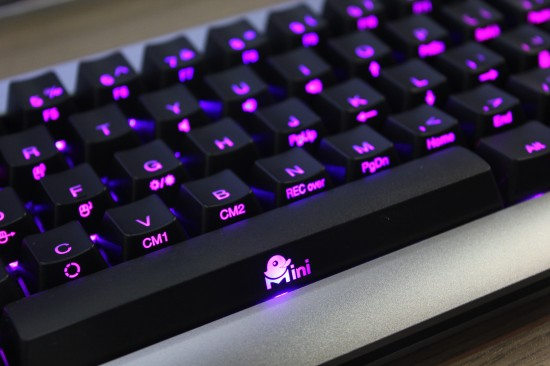 [COMPUTEX 2014] Ducky Mini 彩色背光鍵盤,輕鬆定義按鍵燈色 nO8iR-550x366
