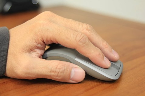 Microsoft Arc Touch 無線藍牙滑鼠評測,可彎超薄設計攜帶更方便 image043