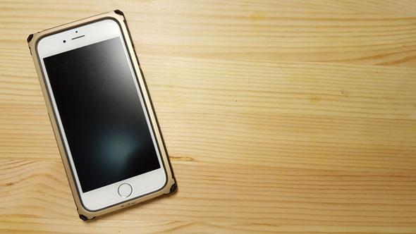不用再怕iPhone摔歪了!Miottimo 星寰金屬邊框軟硬兼施,吸震、強化保護你的手機 20160331_172430