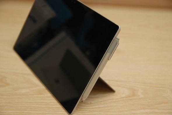 工作、休閒的好夥伴,微軟 Surface Pro 4...