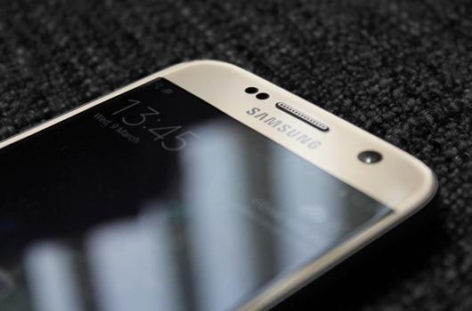 挑戰 Apple iPhone SE,Samsung 可能推出4吋 Galaxy S7 mini 迎戰 Galaxy-S7-close-up-front-940x621