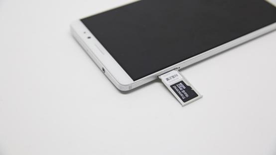 華為Mate 8開箱評測:功能面面俱到的6吋超大尺寸螢幕手機 image-9