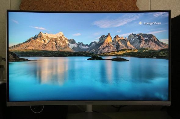 電腦螢幕也有劇院級的影音享受,Samsung C27F591FDE 曲面顯示器評測 IMG_2809