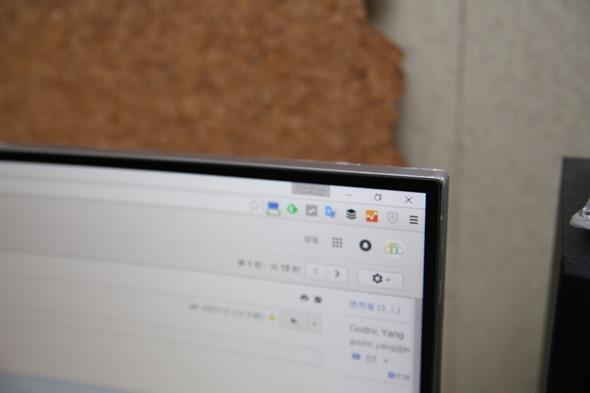 電腦螢幕也有劇院級的影音享受,Samsung C27F591FDE 曲面顯示器評測 image025