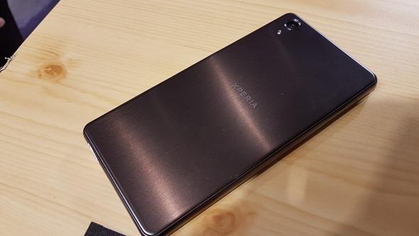 Sony Xperia 全新「X」系列正式上市,全新設計、不同感受,首購再送2000元尊榮黑卡 20160608_150809