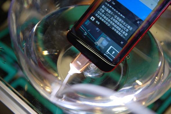 要做就做到最狂!Magneto Cable 磁吸式手機充電線,省力、防水、耐拉扯、防過電流 DSC_0130