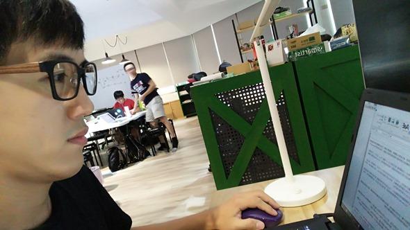 開箱/網友瘋搶 XLTt 濾藍光時尚機能墨鏡(Xuan款),輕盈百搭、室內外適用 20160830_161507